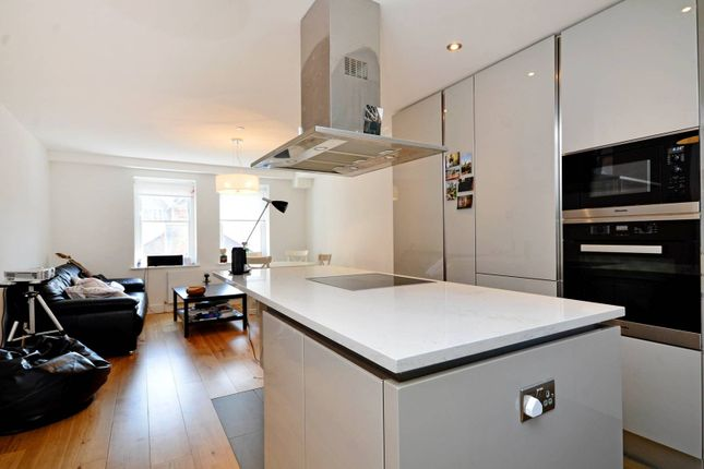Thumbnail Flat to rent in Macklin Street, Covent Garden