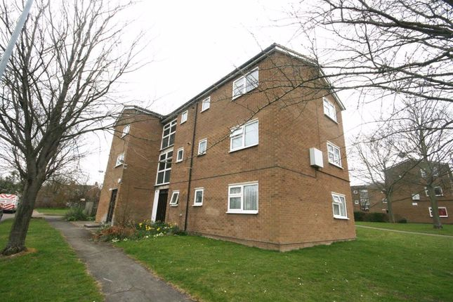 Thumbnail Flat to rent in Desborough Road, Hitchin