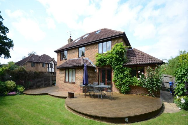 Thumbnail Detached house to rent in Shorland Oaks, Warfield, Bracknell
