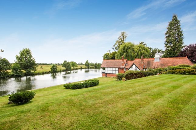 Thumbnail Terraced house for sale in Waterside Villas, Burcot, Abingdon