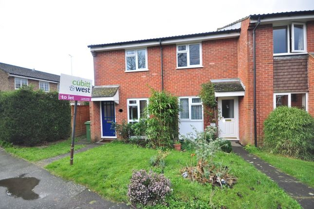 2 bed end terrace house to rent in Meadvale, Horsham RH12