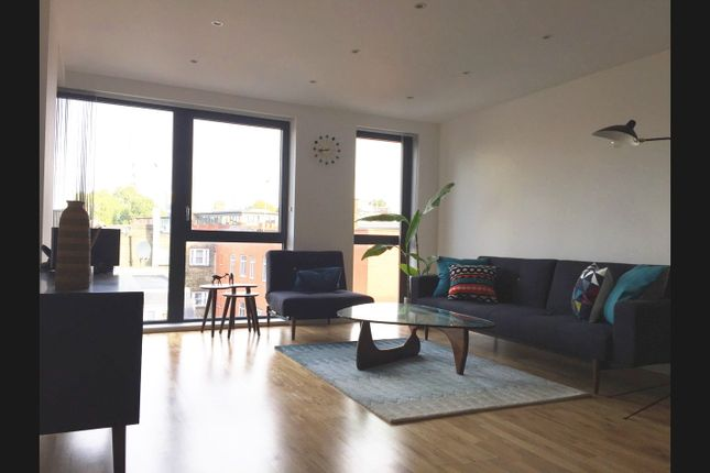 Thumbnail Flat to rent in Sloane Apartments, 54 Old Castle Street, London