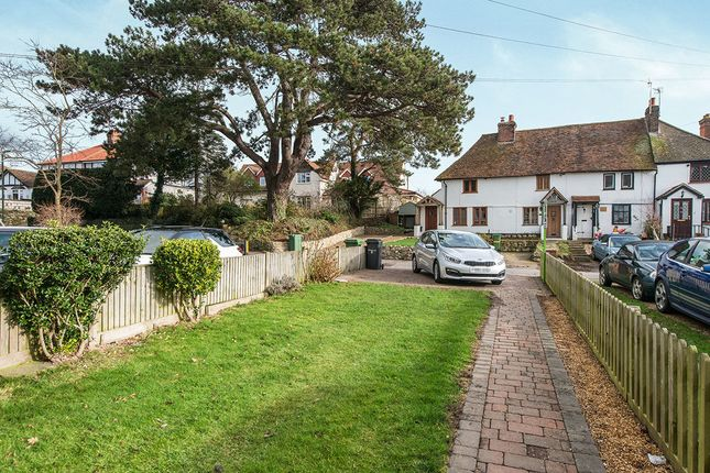 Thumbnail Property to rent in Roseacre Lane, Bearsted, Maidstone