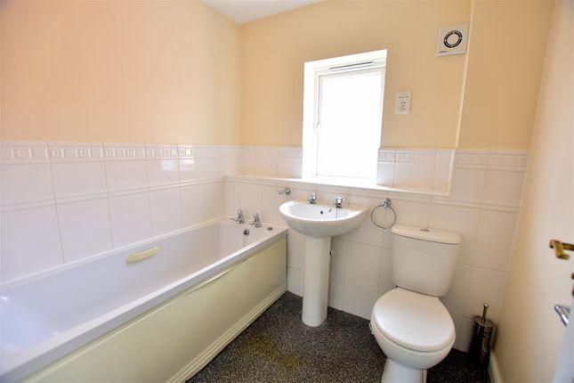 Family Bathroom of Premier Way, Kemsley, Sittingbourne ME10