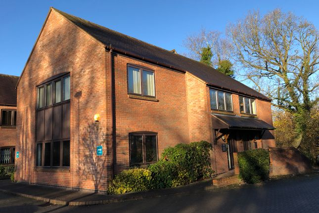 Thumbnail Office to let in Stratford Road, Hockley Heath, Solihull