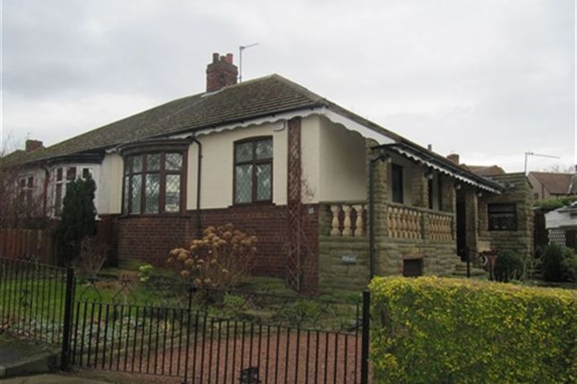 Thumbnail Bungalow to rent in Berrybank Crest, Darlington