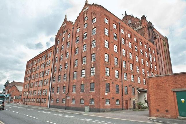 Thumbnail Flat for sale in Victoria Court, Victoria Street, Grimsby, Lincolnshire