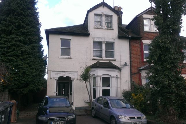 Flat to rent in Cyprus Road, Finchley