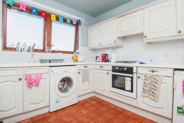 3 bed flat to rent in West Powburn, Edinburgh EH9