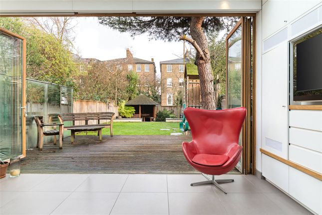 Thumbnail Terraced house to rent in Ashworth Road, Maida Vale, London