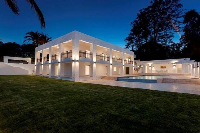 Villa for sale in Nueva Andalucia, Malaga, Spain