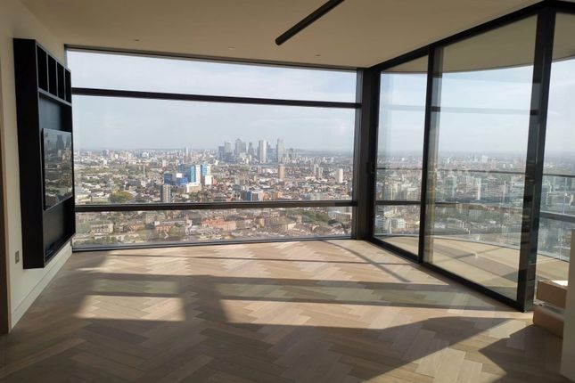 Thumbnail Flat for sale in Principal Tower, Worship Lane, Shoreditch