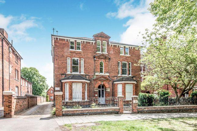 Thumbnail Flat to rent in De Parys Avenue, Bedford