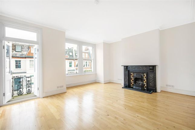 Thumbnail 2 bed flat for sale in Munster Road, London