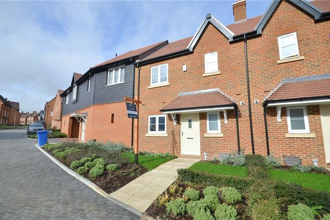 Thumbnail Semi-detached house for sale in Heather Green, Warfield, Bracknell