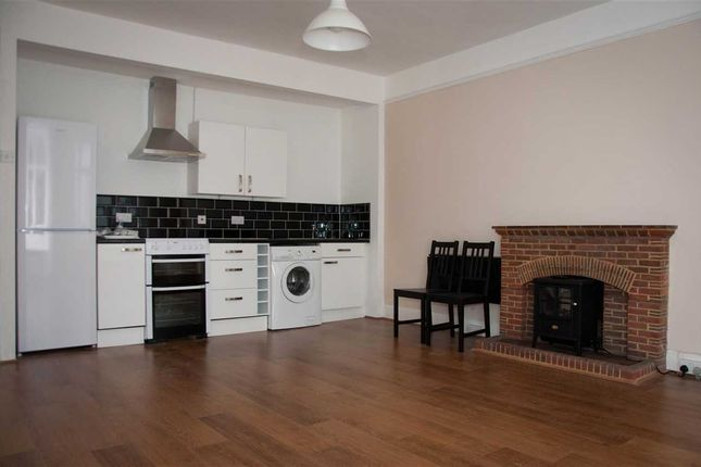 Thumbnail Flat to rent in High Street, Chepstow