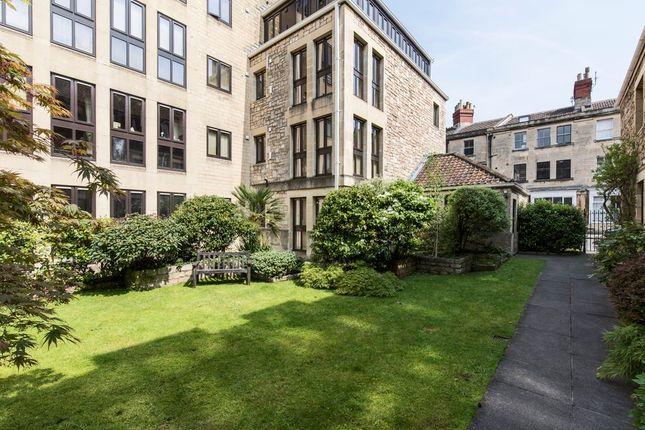 Thumbnail Flat for sale in Grove Street, Bath
