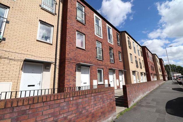 Picture No. 05 of Queen Street, Birkenhead, Merseyside CH41