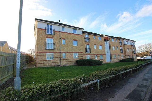 Thumbnail Flat for sale in Elm Court, Harlow