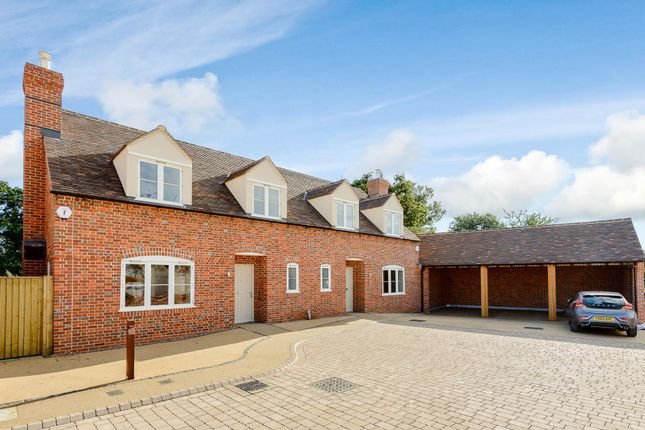 Thumbnail Semi-detached house for sale in Peacock House, Yew Tree Courtyard, Nuneham Courtenay