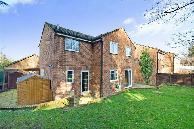 4 bed link-detached house for sale in Old Barn Road, Leybourne, West Malling, Kent