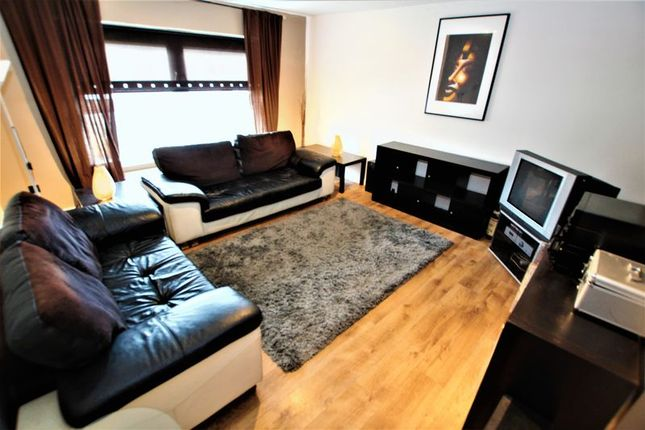 Thumbnail Flat for sale in Ailsa Crescent, Motherwell