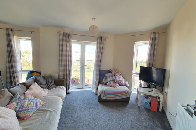 2 bed flat to rent in 190 Jenner Boulevard, Lyde Green, Bristol BS16