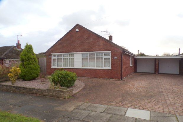 Thumbnail Detached bungalow to rent in Larkhill Avenue, Wirral