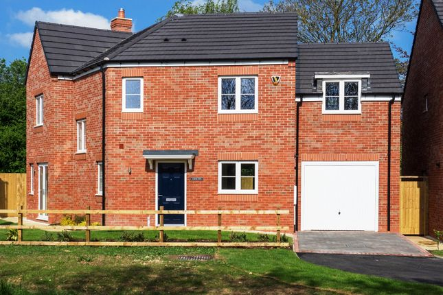 Thumbnail Detached house for sale in Lowes Lane, Wellesbourne