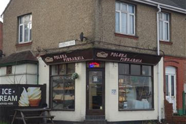 Thumbnail Commercial property for sale in Well Established Bakery - Luton LU1, Bedfordshire