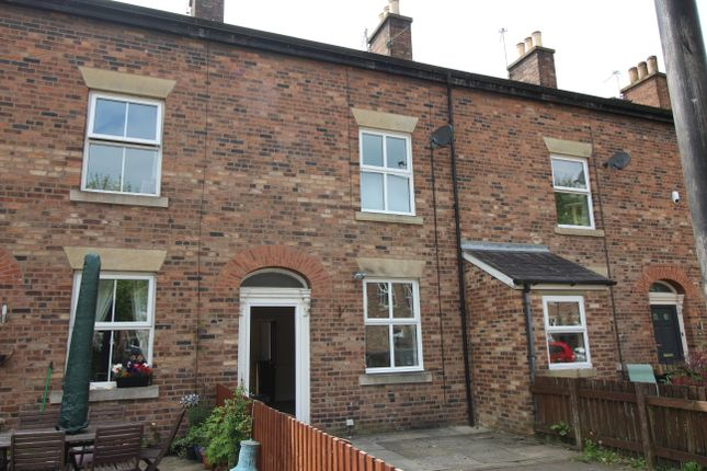 Thumbnail Terraced house to rent in Beech Street, Bury