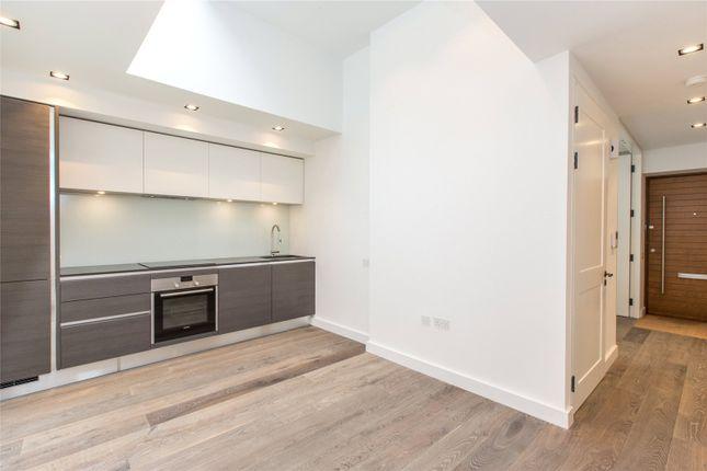 Thumbnail Flat to rent in Macaulay Walk, Clapham, London