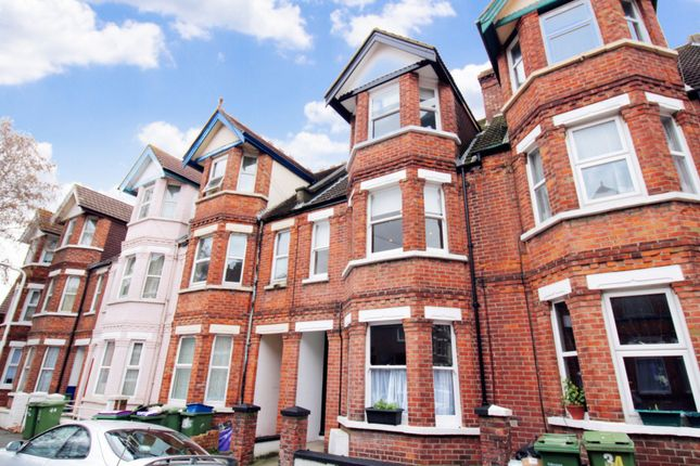 Thumbnail 3 bed maisonette to rent in Radnor Park Crescent, Folkestone