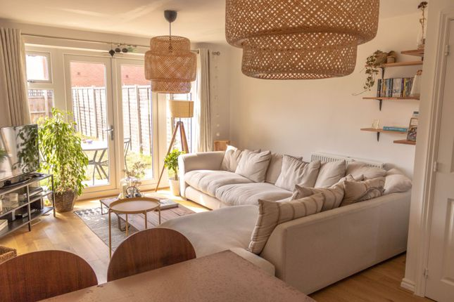 Thumbnail Terraced house to rent in Verde Close, Luton