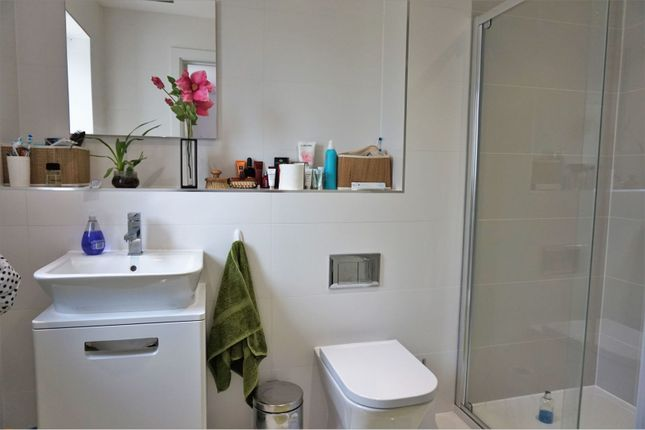 En-Suite of Blossom Way, Barnham, Bognor Regis PO22