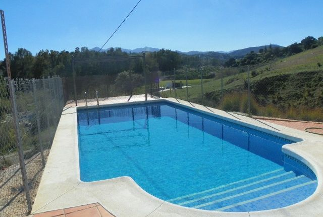 3 bed finca for sale in Spain, Málaga, Coín