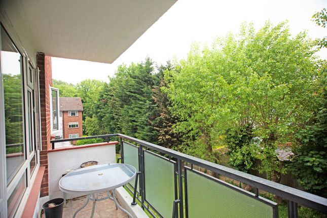 Balcony of Freeland Park, Holders Hill Road, Hendon NW4