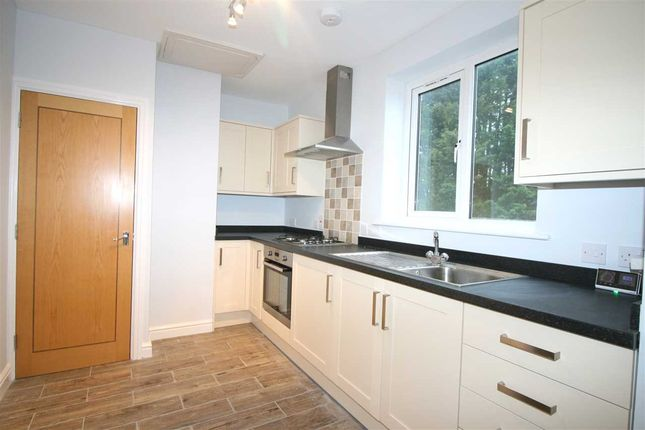 Thumbnail Flat for sale in Phoenix House, Newmarket Road, Bury St Edmunds