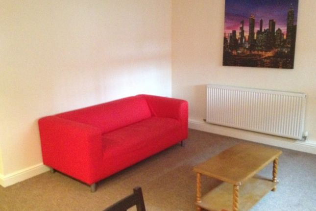 Thumbnail Flat to rent in Ardea Court, Central, Coventry