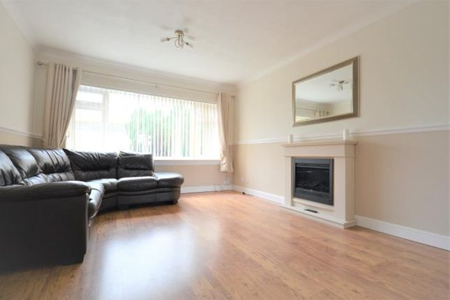 Thumbnail Flat to rent in Greenfield Road, Balerno