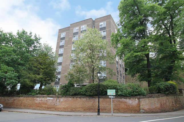 Thumbnail Flat for sale in Park Valley, The Park, Nottingham