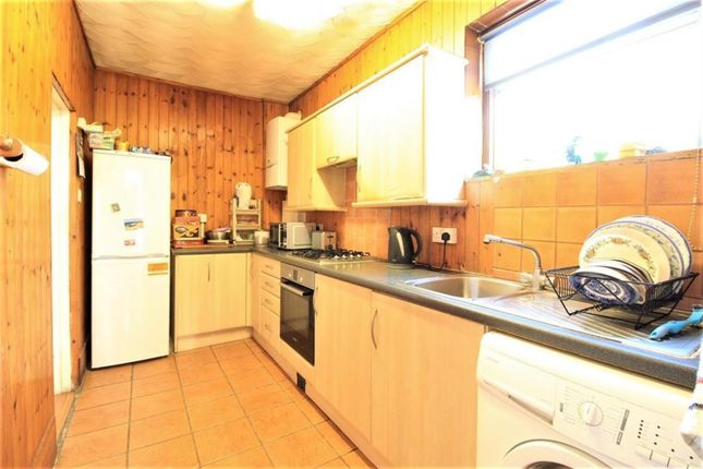 Thumbnail End terrace house to rent in Balfour Road, Southall