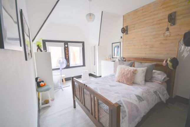 Thumbnail Flat to rent in Norfolk Crt, Norfolk Road, Cliftonville