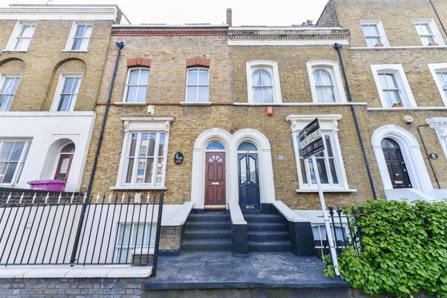 4 bed property for sale in Grove Road, London