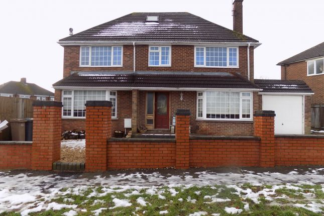 Thumbnail Detached house to rent in Rossfold Road, Luton, Bedfordshire
