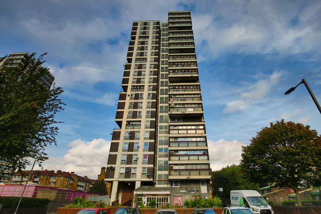 2 bed flat for sale in Bowyer Street, London SE5