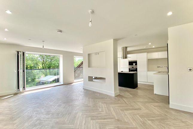Thumbnail Flat for sale in High Street, Graig, Pontypridd