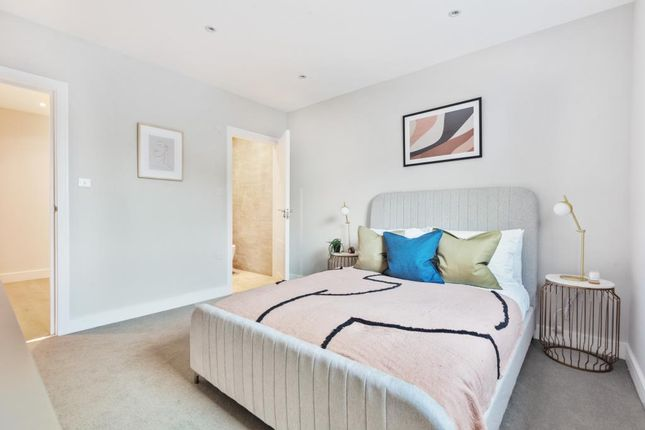 2 bed flat for sale in Botley, Oxford OX2