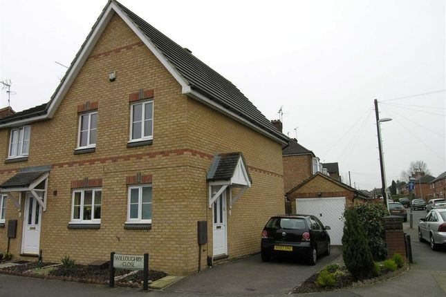 3 bed semi-detached house to rent in Willoughby Close, Dunstable
