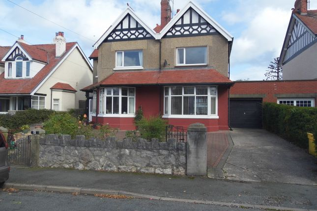Flat to rent in Francis Avenue, Rhos On Sea